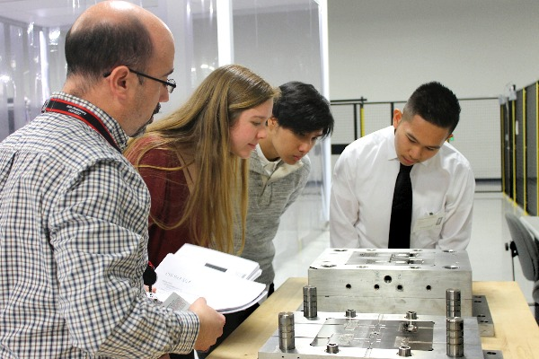 UVA Engineering students at an externship with Canon Virginia