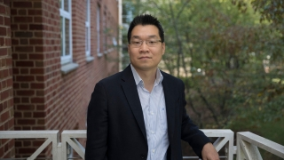 Portrait of Josh Choi, associate professor of chemical engineering at the University of Virginia